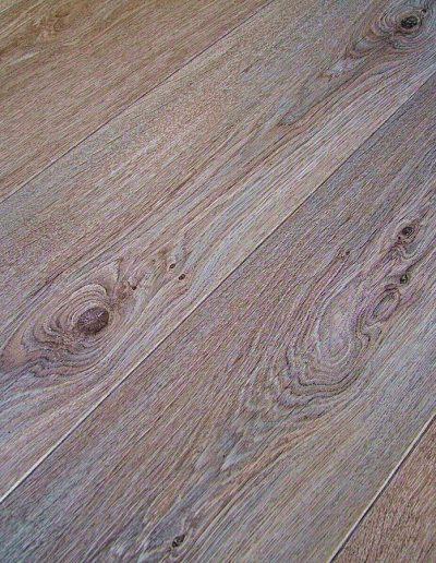 Boardwalk Oak Walk On Wood Studio, Wildwood Glueless Laminate Flooring